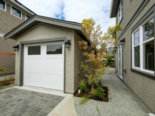 Photo 18: 2750 Gosworth Rd in Victoria: Vi Oaklands House for sale : MLS®# 842762