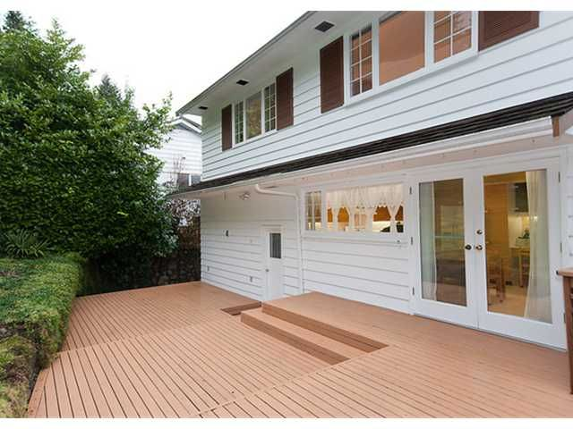 Photo 10: Photos: 115 BONNYMUIR Drive in West Vancouver: Glenmore House for sale : MLS®# V860701