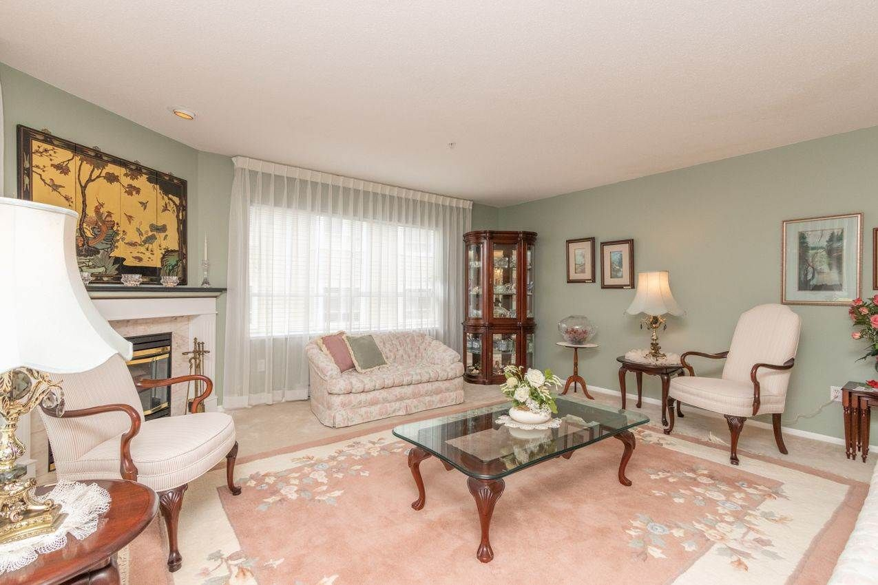 """Photo 4: Photos: 210 3680 BANFF Court in North Vancouver: Northlands Condo for sale in """"Parkgate Manor"""" : MLS®# R2556634"""