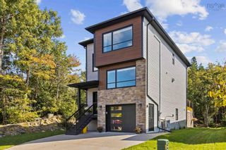 Photo 2: 112 Olive Avenue in West Bedford: 20-Bedford Residential for sale (Halifax-Dartmouth)  : MLS®# 202125651