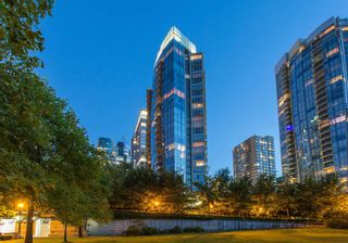 """Photo 38: SPH2502 1233 W CORDOVA Street in Vancouver: Coal Harbour Condo for sale in """"CARINA - COAL HARBOUR"""" (Vancouver West)  : MLS®# R2619427"""