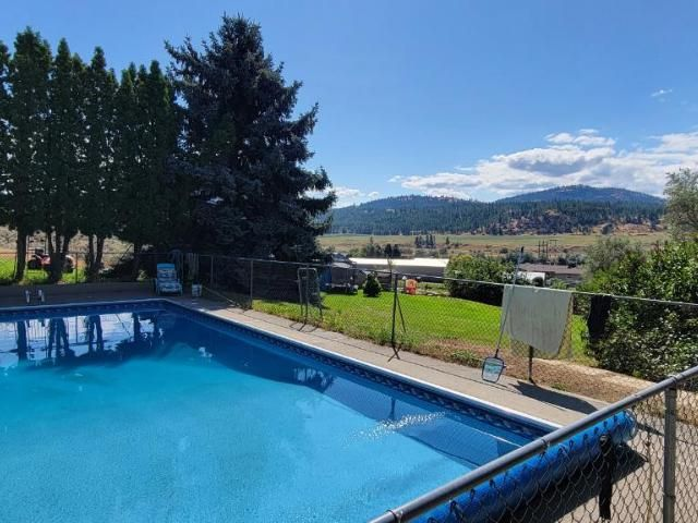 Main Photo: 4005 E SHUSWAP ROAD in Kamloops: South Thompson Valley House for sale : MLS®# 163777