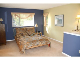 """Photo 4: 3918 INDIAN RIVER DR in North Vancouver: Indian River Condo for sale in """"HIGHGATE TERRACE"""" : MLS®# V880705"""