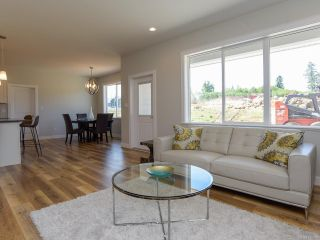 Photo 19: 4208 REMI PLACE in COURTENAY: CV Courtenay City House for sale (Comox Valley)  : MLS®# 816006