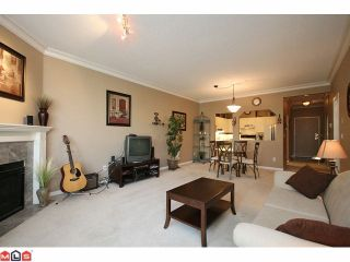 """Photo 3: 306 5646 200TH Street in Langley: Langley City Condo for sale in """"CAMBRIDGE COURT"""" : MLS®# F1026296"""