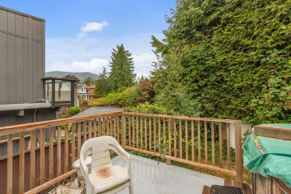 Photo 20: Photos: 1038 MARIGOLD Avenue in North Vancouver: Canyon Heights NV House for sale : MLS®# R2577593