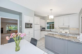 Photo 14: 1670 Barrett Dr in North Saanich: NS Dean Park House for sale : MLS®# 886499