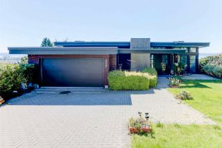 Photo 1: 856 ANDERSON Crescent in West Vancouver: Sentinel Hill House for sale : MLS®# R2591782