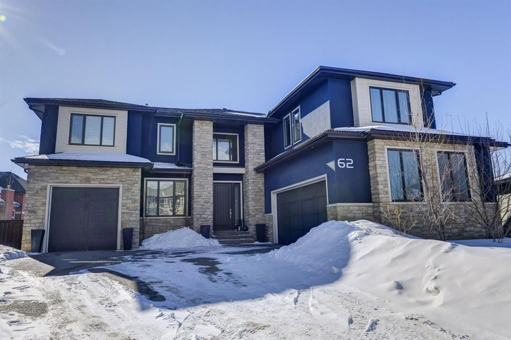 Main Photo: 62 Wexford Crescent SW in Calgary: West Springs Detached for sale : MLS®# A1074390