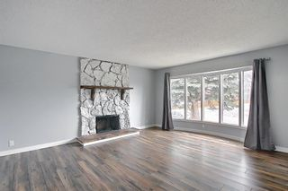 Photo 4: 155 Templevale Road NE in Calgary: Temple Detached for sale : MLS®# A1119165
