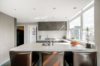"""Photo 10: 1907 1351 CONTINENTAL Street in Vancouver: Downtown VW Condo for sale in """"MADDOX"""" (Vancouver West)  : MLS®# R2618101"""