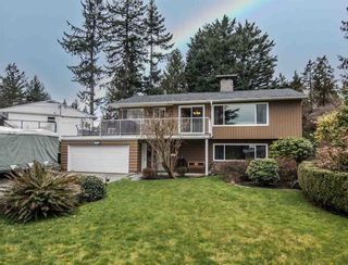 Photo 1: 1654 OUGHTON Drive in Port Coquitlam: Mary Hill House for sale : MLS®# R2571454