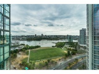 Photo 19: Vancouver West in Yaletown: Condo for sale : MLS®# R2073566
