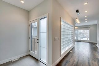 Photo 10: 1 444 20 Avenue NE in Calgary: Winston Heights/Mountview Row/Townhouse for sale : MLS®# A1076448