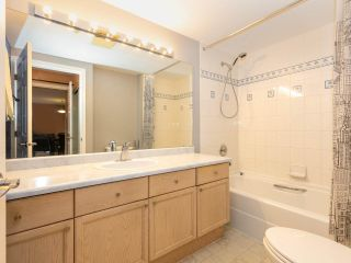 """Photo 13: 215 3400 SE MARINE Drive in Vancouver: Champlain Heights Condo for sale in """"Tiffany Ridge"""" (Vancouver East)  : MLS®# R2392821"""