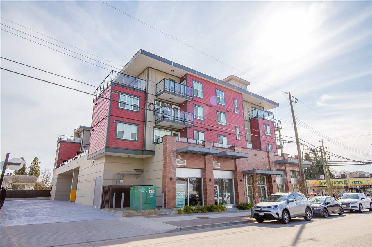 """Main Photo: 203 7908 15TH Avenue in Burnaby: East Burnaby Condo for sale in """"SAXON"""" (Burnaby East)  : MLS®# R2603753"""