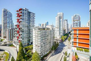 """Photo 10: 1602 1372 SEYMOUR Street in Vancouver: Downtown VW Condo for sale in """"The Mark"""" (Vancouver West)  : MLS®# R2187795"""