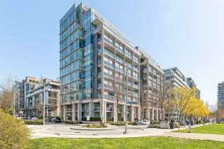"Photo 1: 186 ATHLETES Way in Vancouver: False Creek Condo for sale in ""VILLAGE ON FALSE CREEK - BRIDGE"" (Vancouver West)  : MLS®# R2575530"