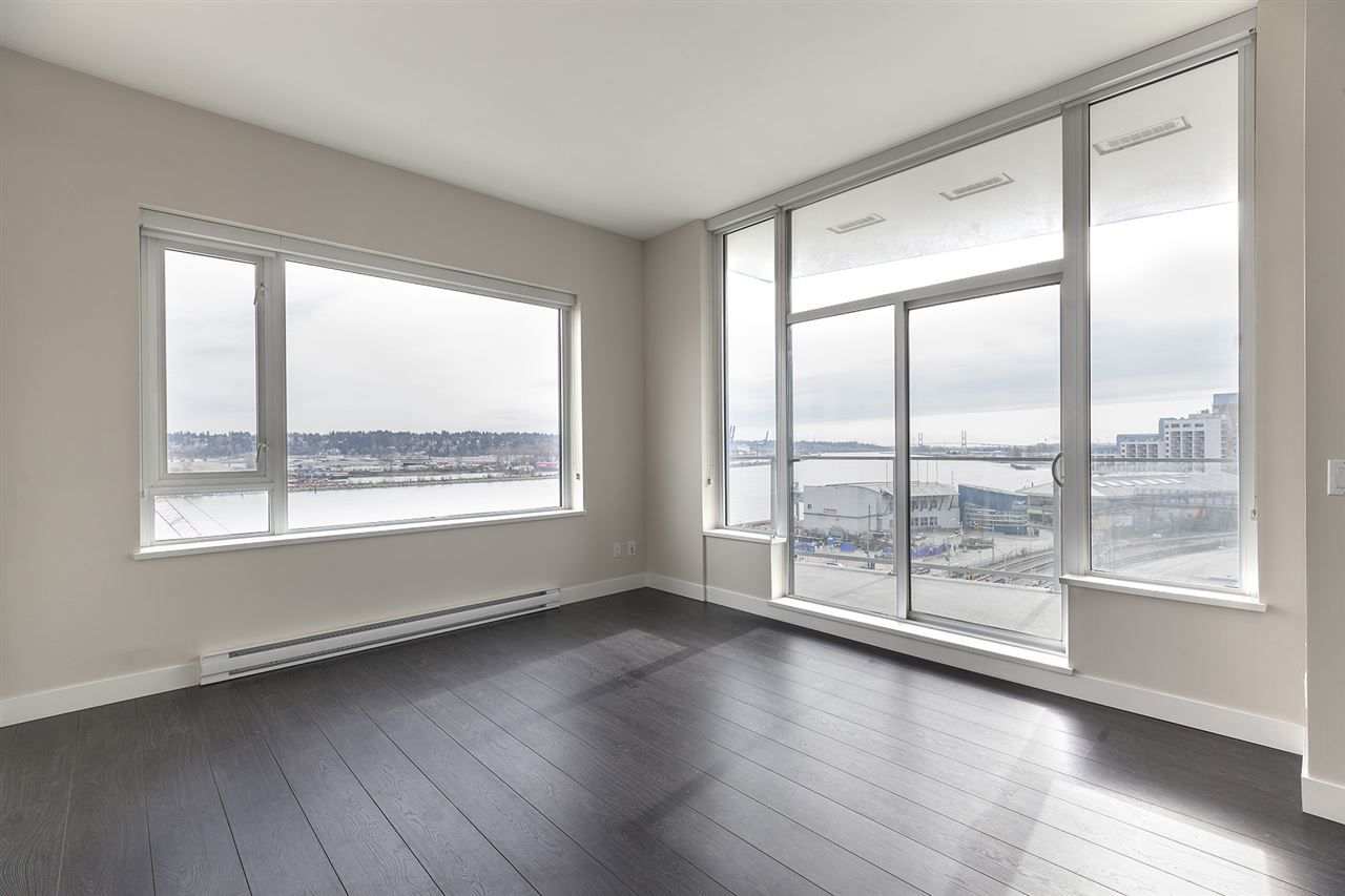 """Photo 5: Photos: 711 668 COLUMBIA Street in New Westminster: Quay Condo for sale in """"TRAPP+HOLBROOK"""" : MLS®# R2376766"""