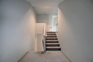 Photo 13: 5 3302 50 Street NW in Calgary: Varsity Row/Townhouse for sale : MLS®# A1147127