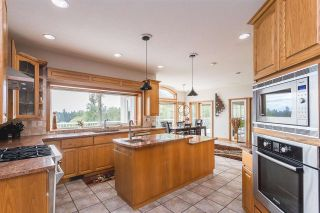 """Photo 6: 574 252 Street in Langley: Otter District House for sale in """"Otter District"""" : MLS®# R2575966"""