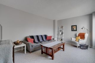 Photo 4: 14 3620 51 Street SW in Calgary: Glenbrook Row/Townhouse for sale : MLS®# C4265108