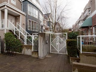"Photo 30: 26 788 W 15TH Avenue in Vancouver: Fairview VW Townhouse for sale in ""SIXTEEN WILLOWS"" (Vancouver West)  : MLS®# V938784"