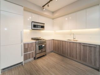 Photo 1: 2507 4900 LENNOX Lane in Burnaby: Metrotown Condo for sale (Burnaby South)  : MLS®# R2278140