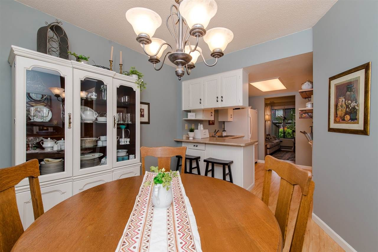 """Photo 5: Photos: 4 3015 TRETHEWEY Street in Abbotsford: Central Abbotsford Townhouse for sale in """"Birch Grove Terrace"""" : MLS®# R2272220"""