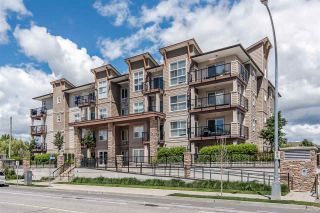 "Photo 2: 307 20175 53 Avenue in Langley: Langley City Condo for sale in ""The Benjamin"" : MLS®# R2523212"