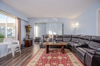 """Photo 6: 2098 LONSDALE Crescent in Abbotsford: Abbotsford West House for sale in """"RES S OF SFW & W OF GLADW"""" : MLS®# R2528993"""