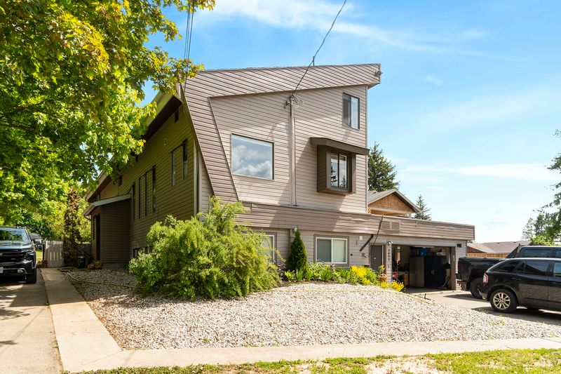 FEATURED LISTING: 2830 25 Street Northeast Salmon Arm