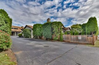 "Photo 2: A 33871 MARSHALL Road in Abbotsford: Central Abbotsford Townhouse for sale in ""Marshall Heights"" : MLS®# R2494267"
