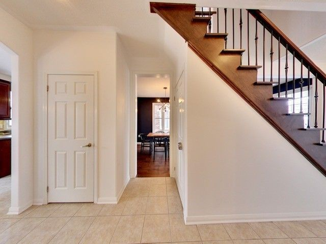 Photo 11: Photos: 10 Stephensbrook Circle in Whitchurch-Stouffville: Stouffville House (2-Storey) for sale : MLS®# N4160191
