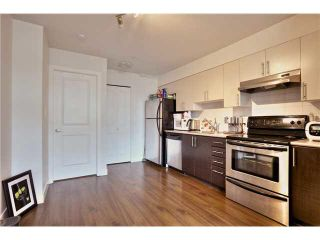 """Photo 9: 106 5568 KINGS Road in Vancouver: University VW Townhouse for sale in """"GALLERIA"""" (Vancouver West)  : MLS®# V1109797"""