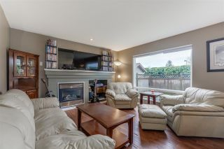 Photo 5: 9421 202A Street in Langley: Walnut Grove House for sale : MLS®# R2350473
