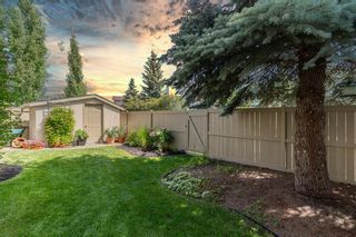 Photo 2: 387 SUNLAKE Road SE in Calgary: Sundance Detached for sale : MLS®# A1013889
