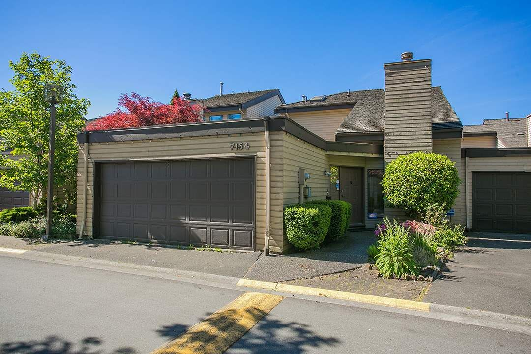"""Main Photo: 7154 QUATSINO Drive in Vancouver: Champlain Heights Townhouse for sale in """"Solar West"""" (Vancouver East)  : MLS®# R2067993"""