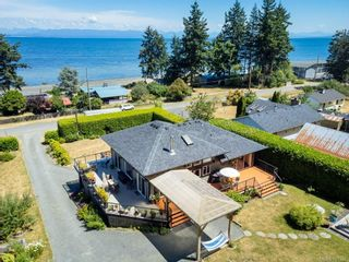 Photo 2: 5763 Coral Rd in : CV Courtenay North House for sale (Comox Valley)  : MLS®# 881526