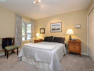 Photo 16: 10 928 Bearwood Lane in VICTORIA: SE Broadmead Row/Townhouse for sale (Saanich East)  : MLS®# 785859