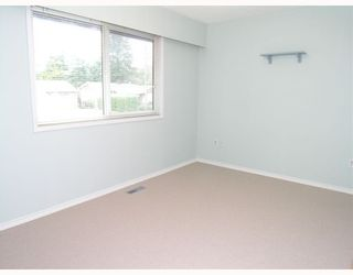 Photo 6: 3632 FLINT Street in Port_Coquitlam: Glenwood PQ House for sale (Port Coquitlam)  : MLS®# V758871