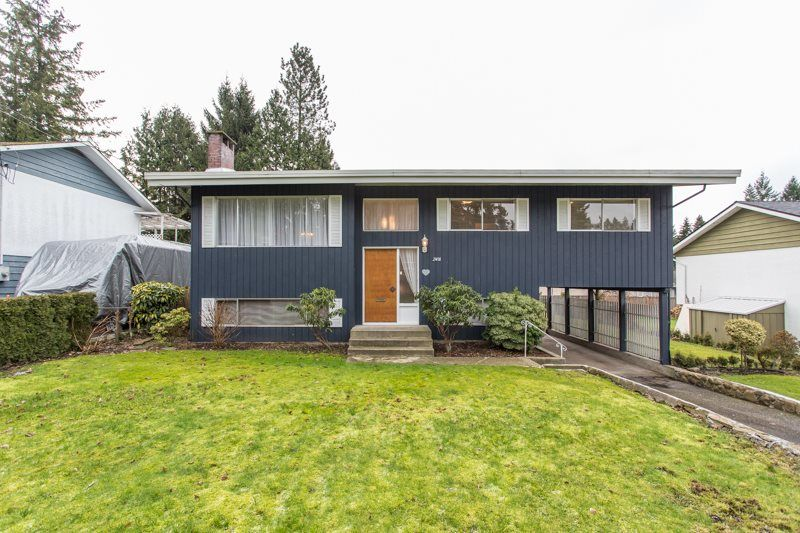 Main Photo: 2418 WARRENTON Avenue in Coquitlam: Central Coquitlam House for sale : MLS®# R2537280
