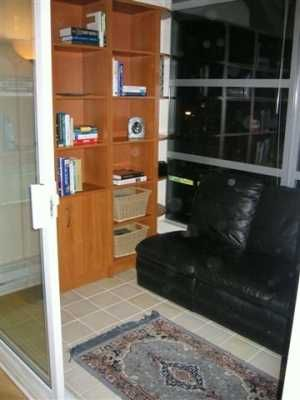 "Photo 2: 403 2929 W 4TH AV in Vancouver: Kitsilano Condo for sale in ""THE MADISON"" (Vancouver West)  : MLS®# V579306"