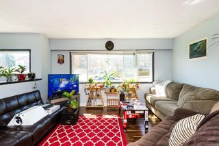 Photo 3: 608 Ralph St in : SW Glanford House for sale (Saanich West)  : MLS®# 873695