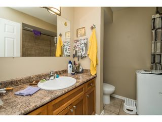 """Photo 22: 13 33900 MAYFAIR Avenue in Abbotsford: Central Abbotsford Townhouse for sale in """"Mayfair Gardens"""" : MLS®# R2563828"""