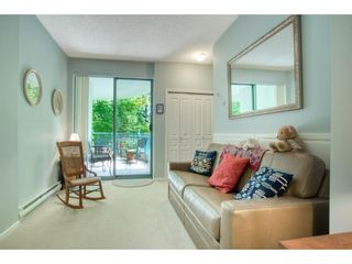 """Photo 16: 209 1785 MARTIN Drive in Surrey: Sunnyside Park Surrey Condo for sale in """"Southwynd"""" (South Surrey White Rock)  : MLS®# R2591811"""