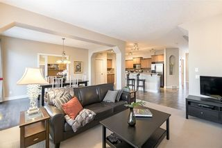 Photo 14: 210 VALLEY WOODS Place NW in Calgary: Valley Ridge House for sale : MLS®# C4163167