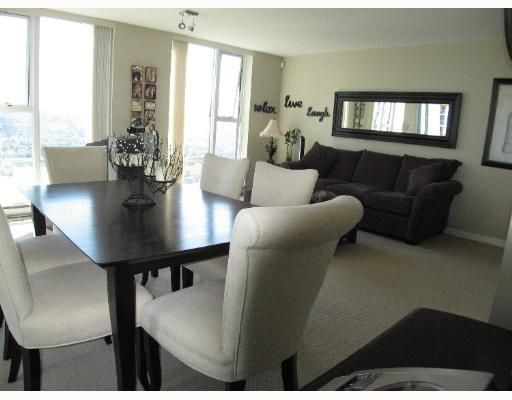 """Photo 3: Photos: 583 BEACH Crescent in Vancouver: False Creek North Condo for sale in """"TWO PARKWEST"""" (Vancouver West)  : MLS®# V634850"""