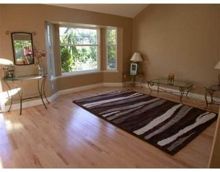 Photo 3: 11399 234A ST in Maple Ridge: House for sale : MLS®# V854831