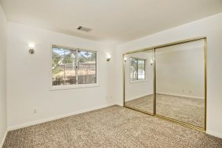 Photo 16: 331 Beaumont Ct in Vista: Residential for sale (92084 - Vista)  : MLS®# 170045073